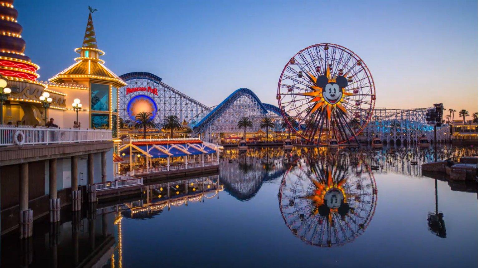 Atlantis Television - Disney : Au cœur de la Magie des parcs